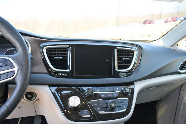 2018 Chrysler Pacifica Touring Naugatuck, Connecticut 22