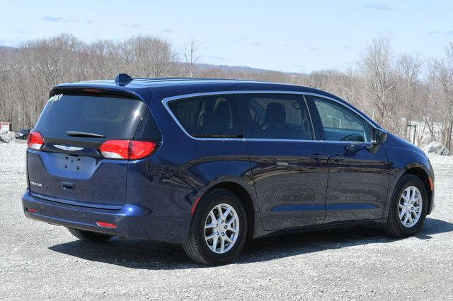 2018 Chrysler Pacifica Touring Naugatuck, Connecticut 6