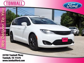 2018 Chrysler Pacifica Touring L Plus in Tomball, TX 77375