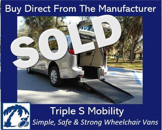 2018 Chrysler Pacifica Touring L Wheelchair Van Handicap Ramp Van  DEPOSIT Pinellas Park, Florida