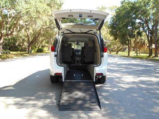 2018 Chrysler Pacifica Touring L Wheelchair Van Handicap Ramp Van Pinellas Park, Florida 5