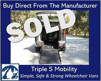 2018 Chrysler Pacifica Touring L Wheelchair Van Handicap Ramp Van Pinellas Park, Florida