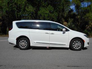 2018 Chrysler Pacifica Touring L Wheelchair Van Handicap Ramp Van Pinellas Park, Florida 2