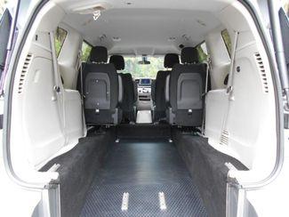 2018 Chrysler Pacifica Touring Wheelchair Van Handicap Ramp Van DEPOSIT Pinellas Park, Florida 5