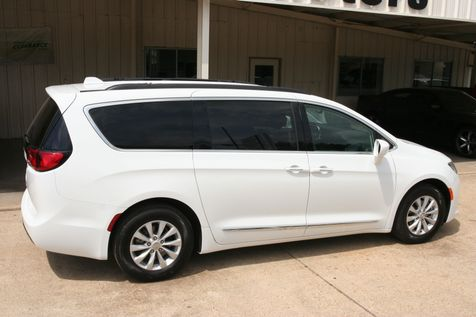 2018 Chrysler Pacifica Touring L in Vernon, Alabama