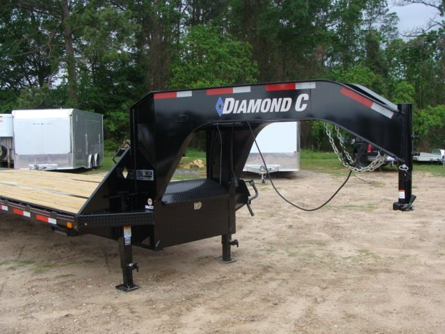 "2018 Diamond C FMAX 212 40' X 102"" CONROE, TX 5"