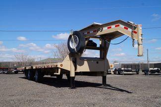 "2018 Diamond C PJ Gooseneck - 102"" X 30' - $12,000 in Fort Worth, TX 76111"