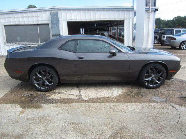 2018 Dodge Challenger SXT Plus Houston, Mississippi 3