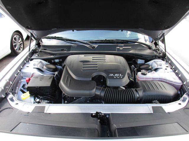 2018 Dodge Challenger SXT Miami, Florida 30