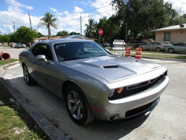 2018 Dodge Challenger SXT Miami, Florida 5