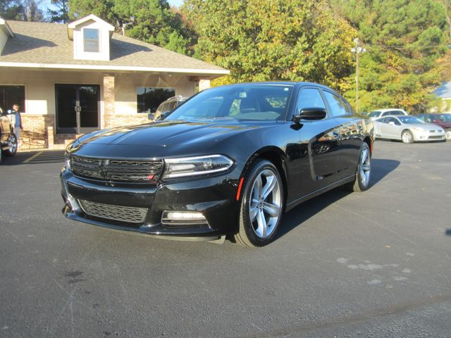 2018 Dodge Charger SXT Plus Batesville, Mississippi 2