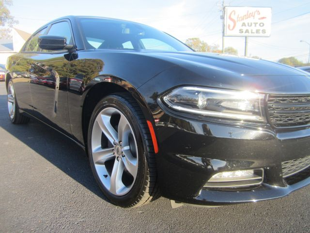 2018 Dodge Charger SXT Plus Batesville, Mississippi 8