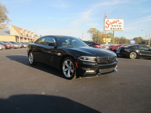 2018 Dodge Charger SXT Plus Batesville, Mississippi 3