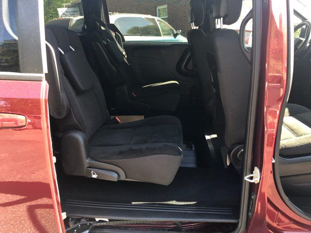 2018 Dodge Grand Caravan handicap wheelchair accessible van Dallas, Georgia 17