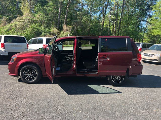 2018 Dodge Grand Caravan handicap wheelchair accessible van Dallas, Georgia 6