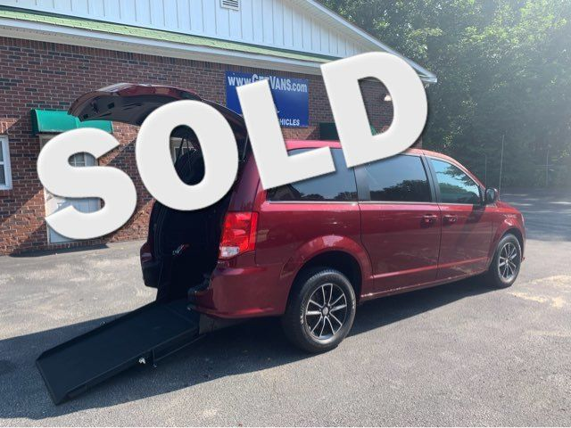 2018 Dodge Grand Caravan GT handicap wheelchair van in Dallas, Georgia 30132