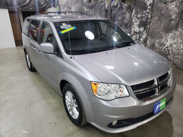 2018 Dodge Grand Caravan SXT in Dickinson, ND 58601