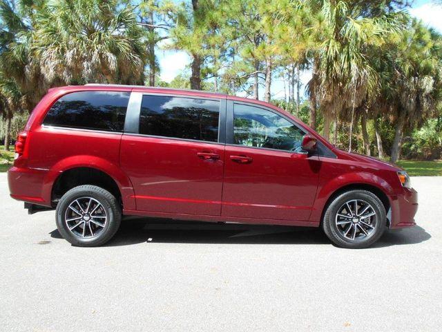 2018 Dodge Grand Caravan Gt Wheelchair Van Pinellas Park, Florida 1