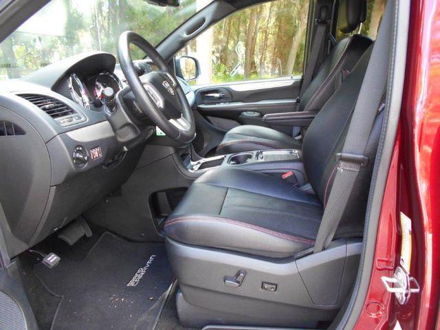 2018 Dodge Grand Caravan Gt Wheelchair Van Pinellas Park, Florida 6