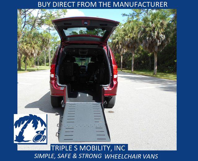 2018 Dodge Grand Caravan Gt Wheelchair Van Pinellas Park, Florida 19