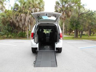 2018 Dodge Grand Caravan Sxt Wheelchair Van Handicap Ramp Van Pinellas Park, Florida 6