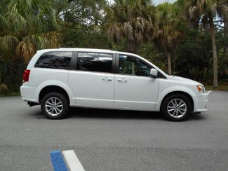 2018 Dodge Grand Caravan Sxt Wheelchair Van Handicap Ramp Van DEPOSIT Pinellas Park, Florida 1