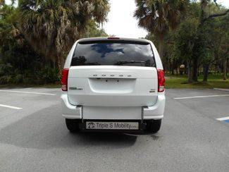 2018 Dodge Grand Caravan Sxt Wheelchair Van Handicap Ramp Van DEPOSIT Pinellas Park, Florida 4
