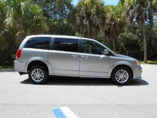 2018 Dodge Grand Caravan Sxt Wheelchair Van Handicap Ramp Van Pinellas Park, Florida 1