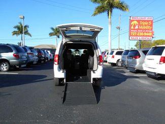 2018 Dodge Grand Caravan Sxt Wheelchair Van Handicap Ramp Van Pinellas Park, Florida 5