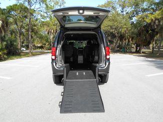 2018 Dodge Grand Caravan Sxt Wheelchair Van - DEPOSIT Pinellas Park, Florida 5