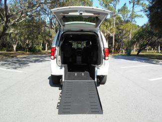 2018 Dodge Grand Caravan Sxt Wheelchair Van Pinellas Park, Florida 5