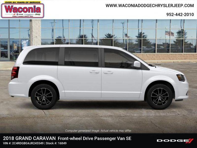 2018 Dodge Grand Caravan SE Plus  in Victoria, MN