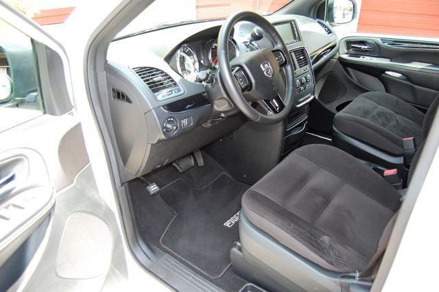 2018 Dodge H-Cap 2 Position Charlotte, North Carolina 13