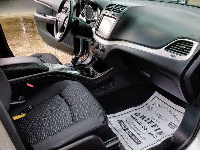 2018 Dodge Journey SXT Houston, Mississippi 8