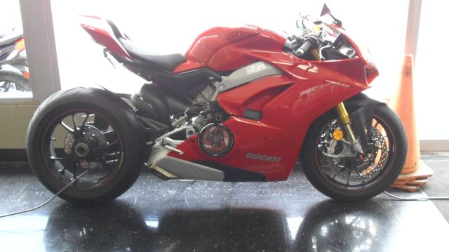 2018 Ducati PANIGALE V4S