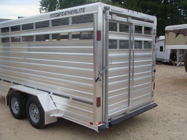2018 Featherlite 8107 - 16 16' Livestock CONROE, TX 10