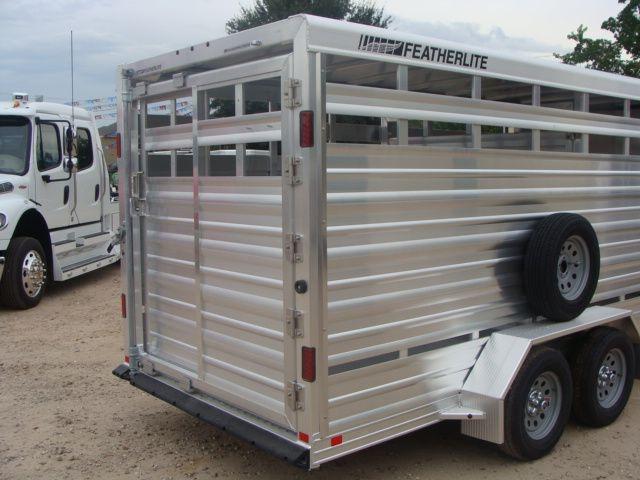 2018 Featherlite 8107 - 16 16' Livestock CONROE, TX 18