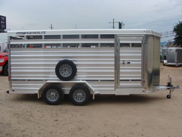 2018 Featherlite 8107 - 16 16' Livestock CONROE, TX 21