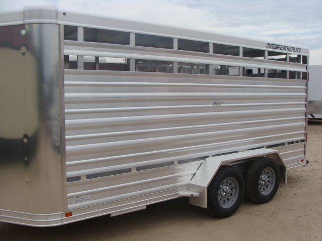 2018 Featherlite 8107 - 16 16' BP Livestock CONROE, TX 5