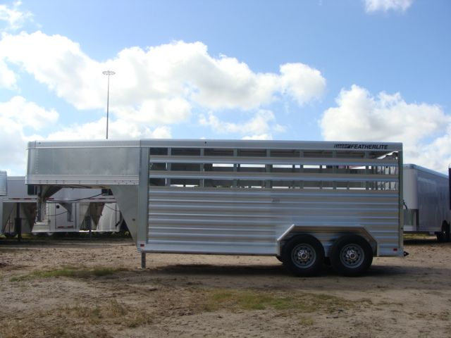 2018 Featherlite 8117 - 16 Livestock 16' Stock/ Cattle CONROE, TX 11