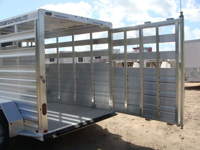 2018 Featherlite 8117 - 16 Livestock 16' Stock/ Cattle CONROE, TX 33