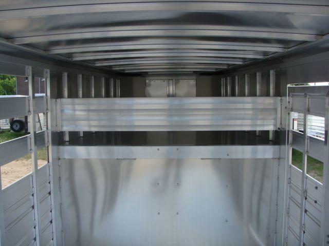 2018 Featherlite 8117 - 16 Livestock 16' Stock/ Cattle CONROE, TX 34