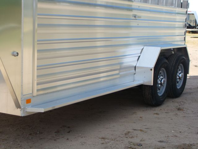 2018 Featherlite 8117 - 16 Livestock 16' Stock/ Cattle CONROE, TX 8