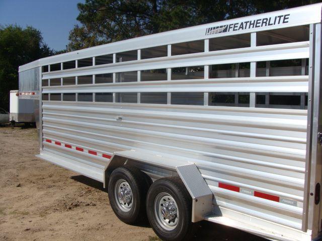 2018 Featherlite 8117 - 20 20' Livestock/ Cattle CONROE, TX 9