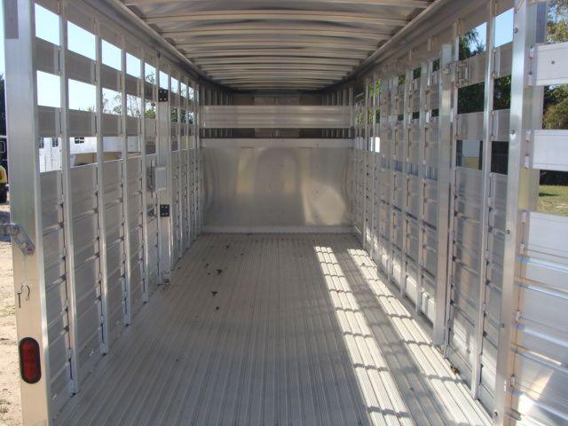 2018 Featherlite 8117 - 20 20' Livestock/ Cattle CONROE, TX 16
