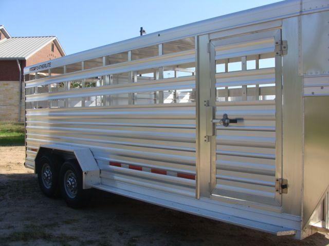 2018 Featherlite 8117 - 20 20' Livestock/ Cattle CONROE, TX 1