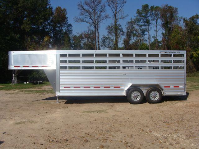2018 Featherlite 8117 - 20 20' Livestock/ Cattle CONROE, TX 7
