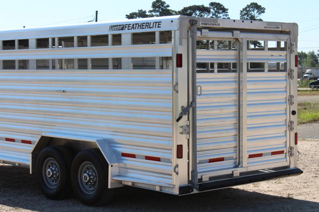"2018 Featherlite 8127 24' - GN LIVESTOCK TRAILER 7'6"" WIDE - GN VENT CONROE, TX 12"