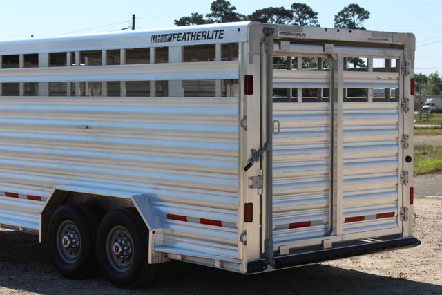 "2018 Featherlite 8127 24' - GN LIVESTOCK TRAILER 7'6"" WIDE - GN VENT CONROE, TX 13"
