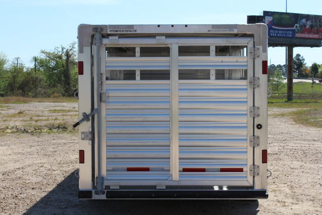 "2018 Featherlite 8127 24' - GN LIVESTOCK TRAILER 7'6"" WIDE - GN VENT CONROE, TX 14"